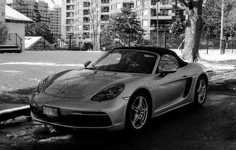 Porsche 718 Spider in the Shade