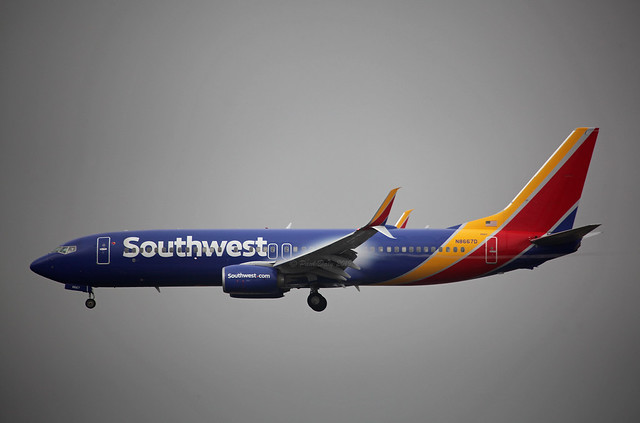 N8667D Boeing 737-8H4 Southwest Airlines