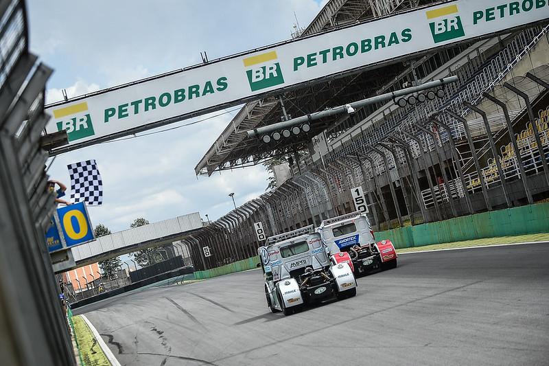 13/12/20 - Beto Monteiro vence corrida 1 em Interlagos - Fotos: Duda Bairros