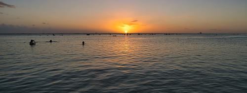 sony a6400 sigma 16mmf14 sunset cplfilter ocean people rocks clouds alamoana honolulu hawaii oahu
