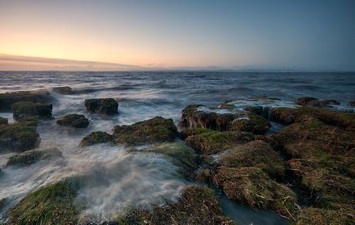 clevedon somerset england uk sunset coast coastallandscape landscape coastal sea waves grass foreshore winter hightide colour