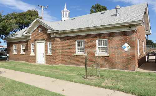 South Linwood Park Maintenance Building (Wichita, Kansas)