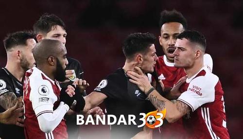 Arsenal-Kalah,-Xhaka-dan-Aubameyang-Diolok-Olok
