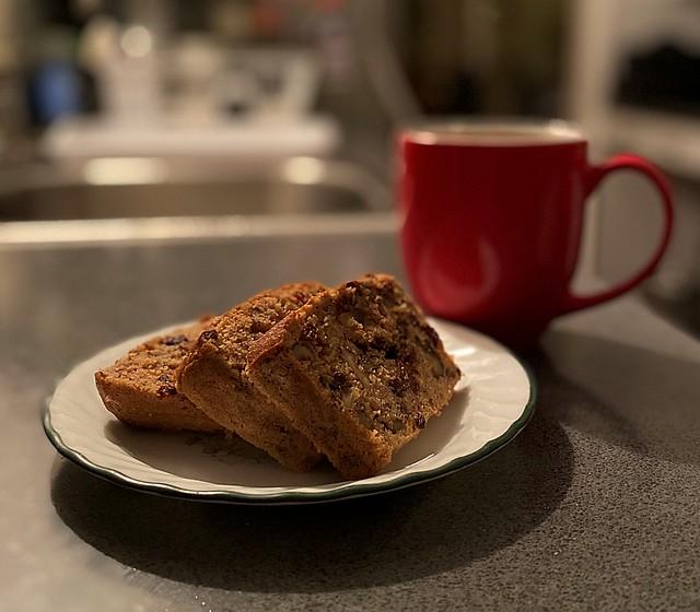 Keto Almond Christmas Cake and Chocolate Rooibos Tea
