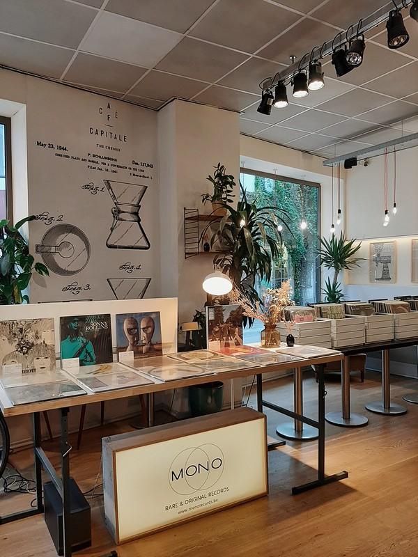 Zona de vinilos: Café Capitale II