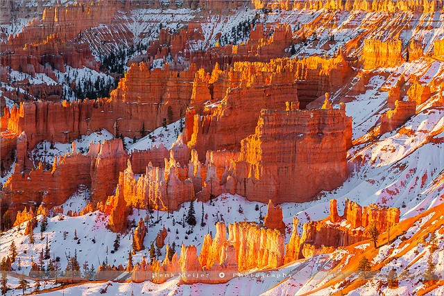 Winter sunrise Bryce Canyon N.P - Utah