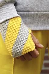 pantone 2021 fingerless mittens
