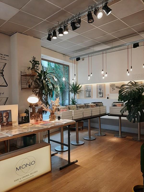 Zona de vinilos: Café Capitale I