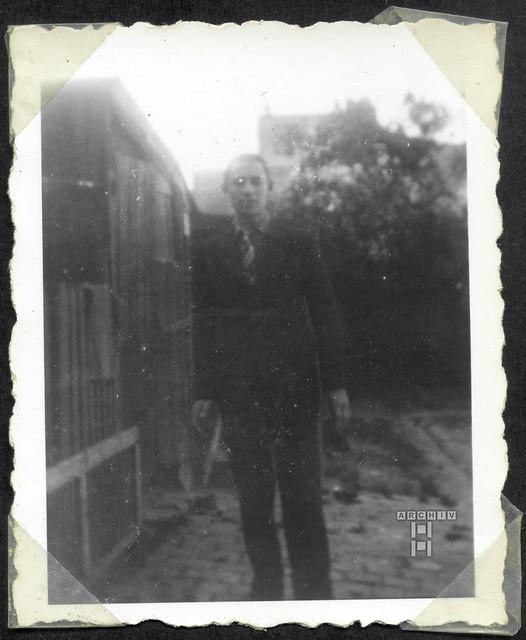 ArchivTappenZAl2b926 Männerporträt, Frankreich, 1930er