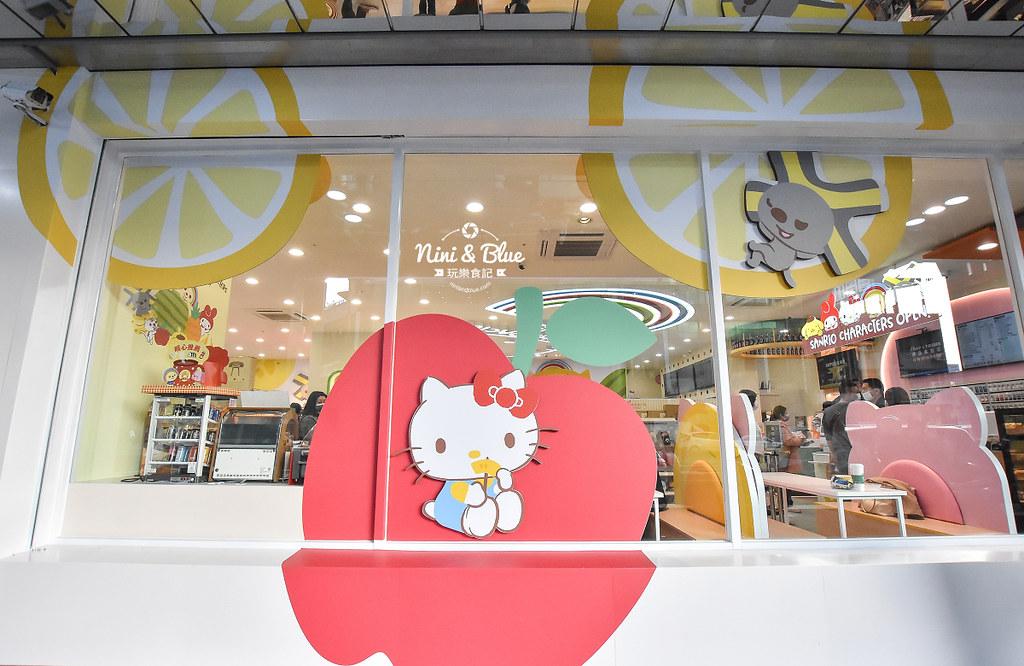 kitty &X-Store台中三麗鷗聯名7-11商店28