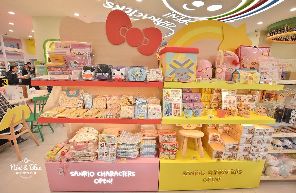 kitty &X-Store台中三麗鷗聯名7-11商店06