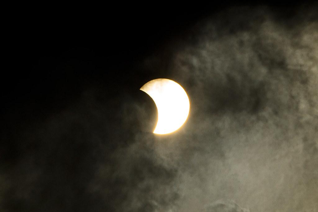 (2020.12.14) Eclipse Solar Visto de Itapevi