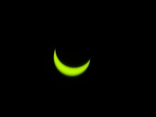 Eclipse parcial Dic 14, 2020 (13:00)  a través del filtro.