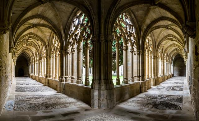 Monasterio de la Olvia, claustro.