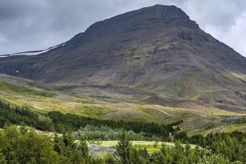 Mount Esja (Iceland)