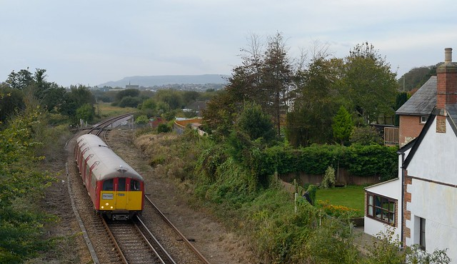 483 006 passing Yarbridge for Ryde. 20th October 2020.