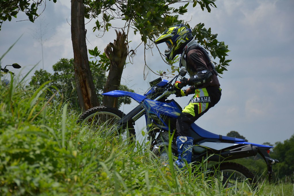 Tips & Trik riding WR 155 R melewati jalur Offoad