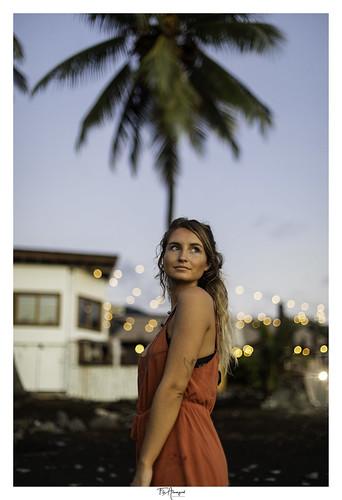 punaauia tahitilaplage laplage tahiti beach sunset portrait girl palmtrees