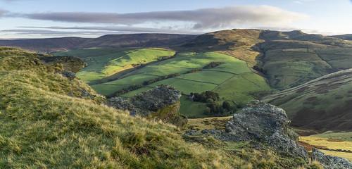landscape derbyshire peakdistrict darkpeak kinderscout mountfamine gritstone gritstonetors settvalley kinderlowend
