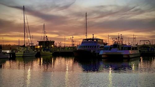 sunset boats fishing arm cunningham australia victoria entrance lakes dgstones stones darren
