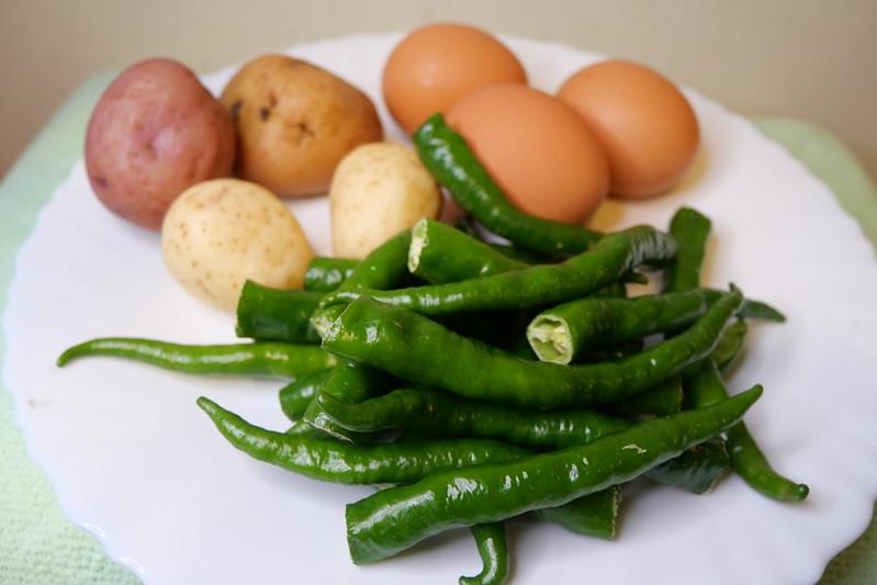 糯米椒烘蛋食材