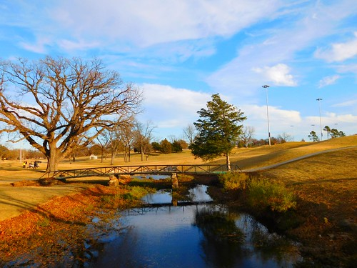 clouds weather sky scenic landscape travel elements explore autumn lake water fishing trees park photography peaceful relaxation golf tulsa oklahoma