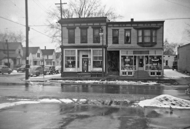 1001-1005 Fulton Street East, Grand Rapids