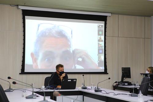 Comissão de Administração Pública - Audiência pública com a finalidade de discutir assuntos pertinentes ao funcionamento da Feira de Artesanatos da Avenida Afonso Pena