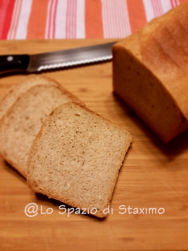 Pane in Cassetta delle Sorelle Simili