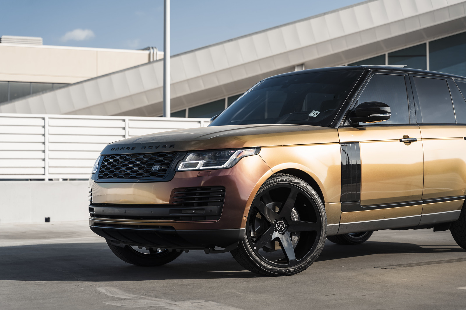 2020_Land_Rover_Range_Rover_HSC_BD15_Gloss_Black_3