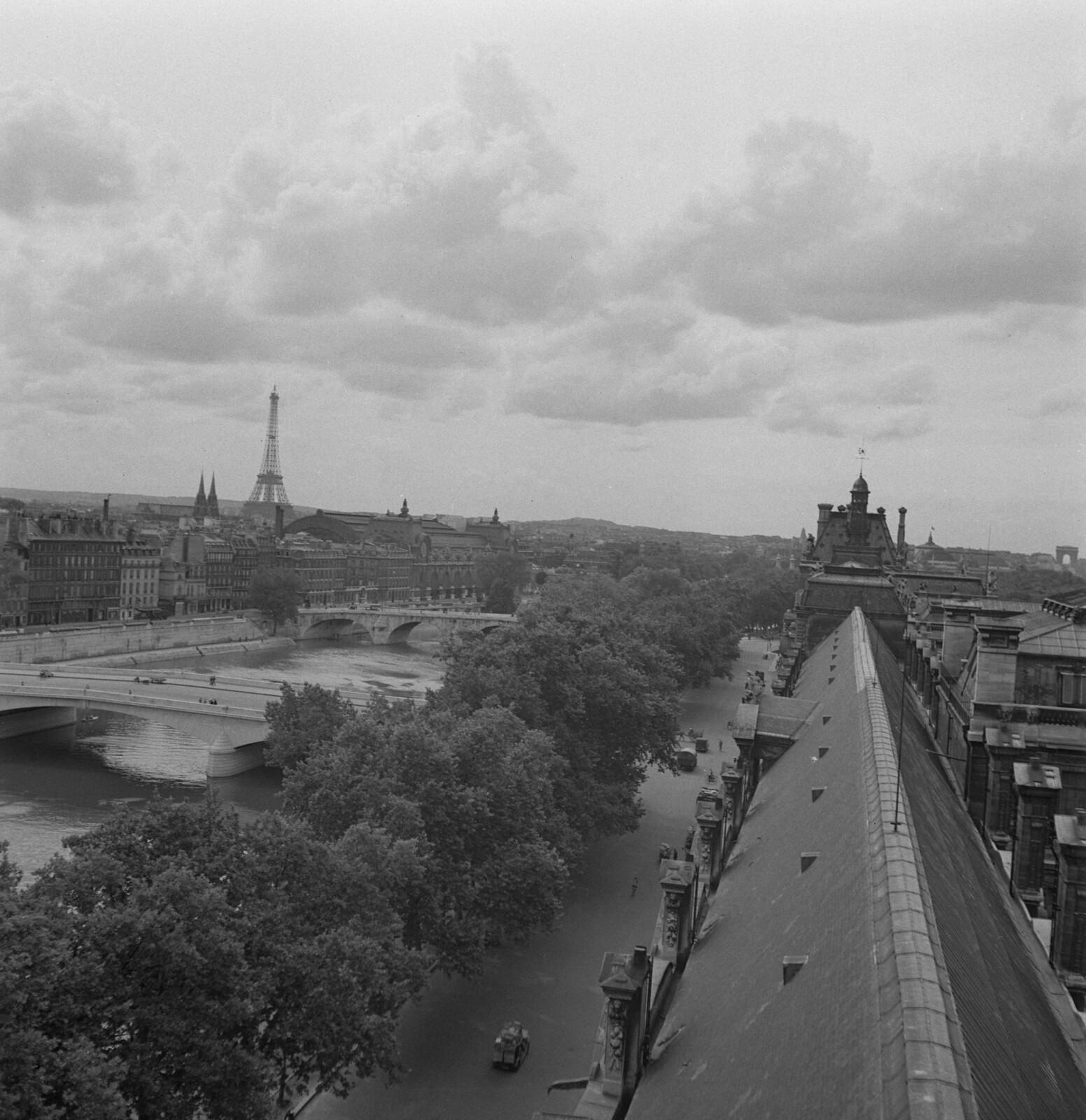 1942.2