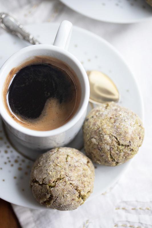 Pistachio Amaretti with an Espresso