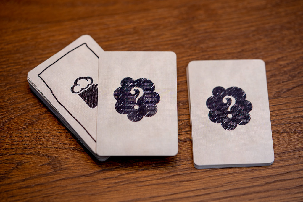 Black Sonata + El Joven Misterioso boardgame juego de mesa