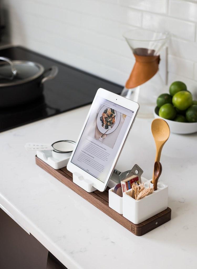 Virtual cookery class via an iPad