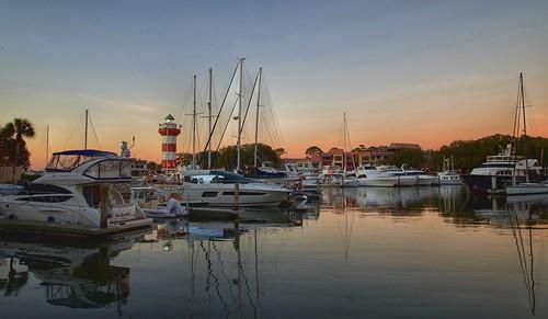 sound sun water resort seapines lowcountry pardise vacation yachts boats sunset dusk harbortown hiltonheadisland southcarolina coast coastal harbour harbor marina