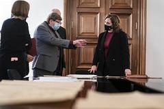 dt., 15/12/2020 - 17:00 - Trobada amb Josep Maria Contel, historiador de Gràcia, i donació de plànols del refugi de la Generalitat