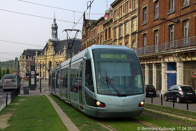 Europa, Frankreich, Département Nord, Valenciennes, nahe Haltestelle Gare