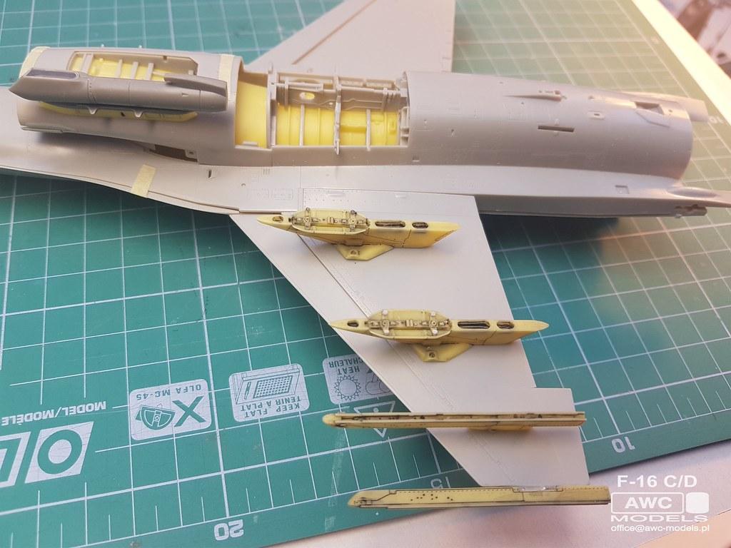 F_16_C_D_PYLONY_11