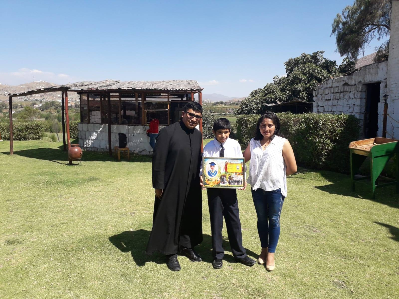 Fin de curso de Joaquín en el Hogar San Anibal en Perú