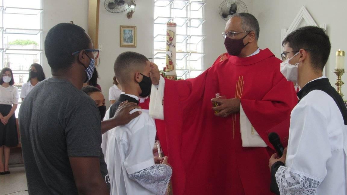 Confirmaciones en la Parroquia San José de Anchieta