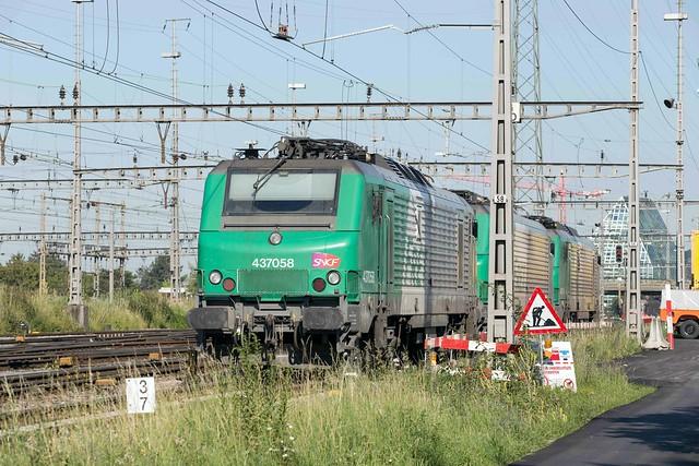 SNCF 437 058 + 437 046 + 437 056 Basel Rbf
