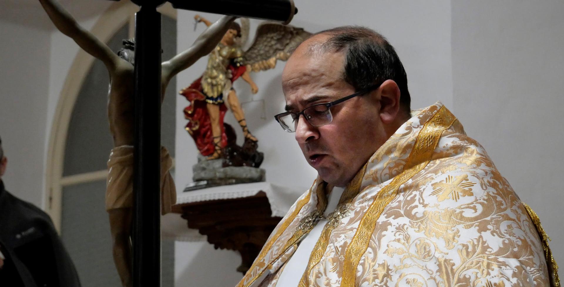 Entronización de San Miguel Arcángel en el Monasterio Del Pueyo