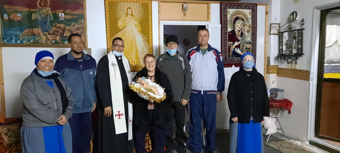 Visita del Niño Dios a las familias cristianas en Gaza