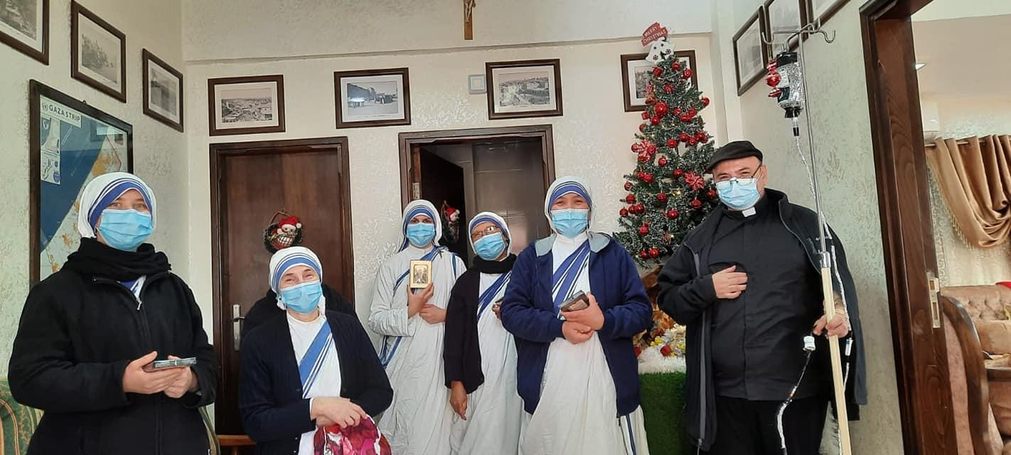 Con las Misioneras de la Caridad en Gaza