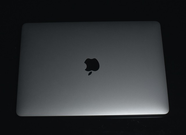 MacBook Pro 2016 13インチ タッチバーなしモデル