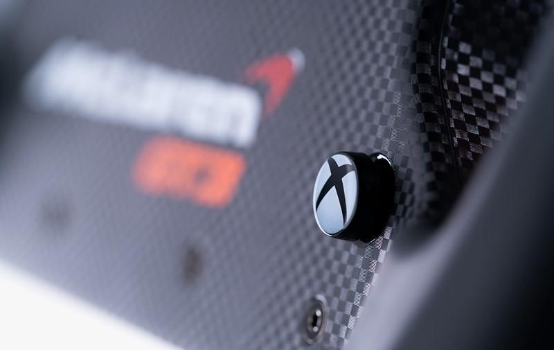 Fanatec McLaren GT3 V2 Wheel Detail