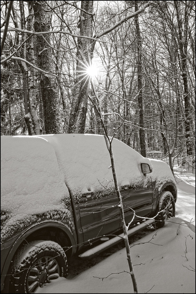 12-17-20 - A little snow on the truck