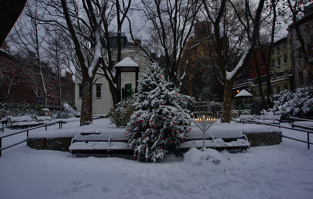 it's beginning to look a lot like Christmas - New York City
