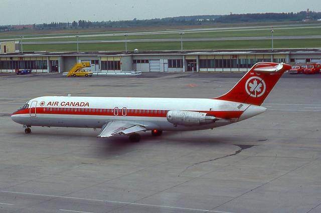 C-FTMP McDonnell Douglas DC-9-32 47354 YUL 1981
