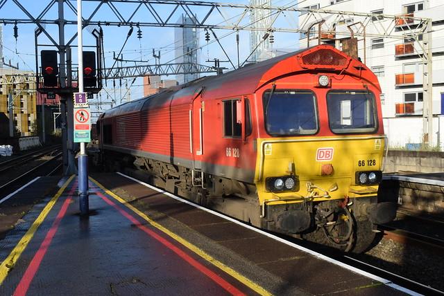 DBC 66128 @ Manchester Oxford Road railway station